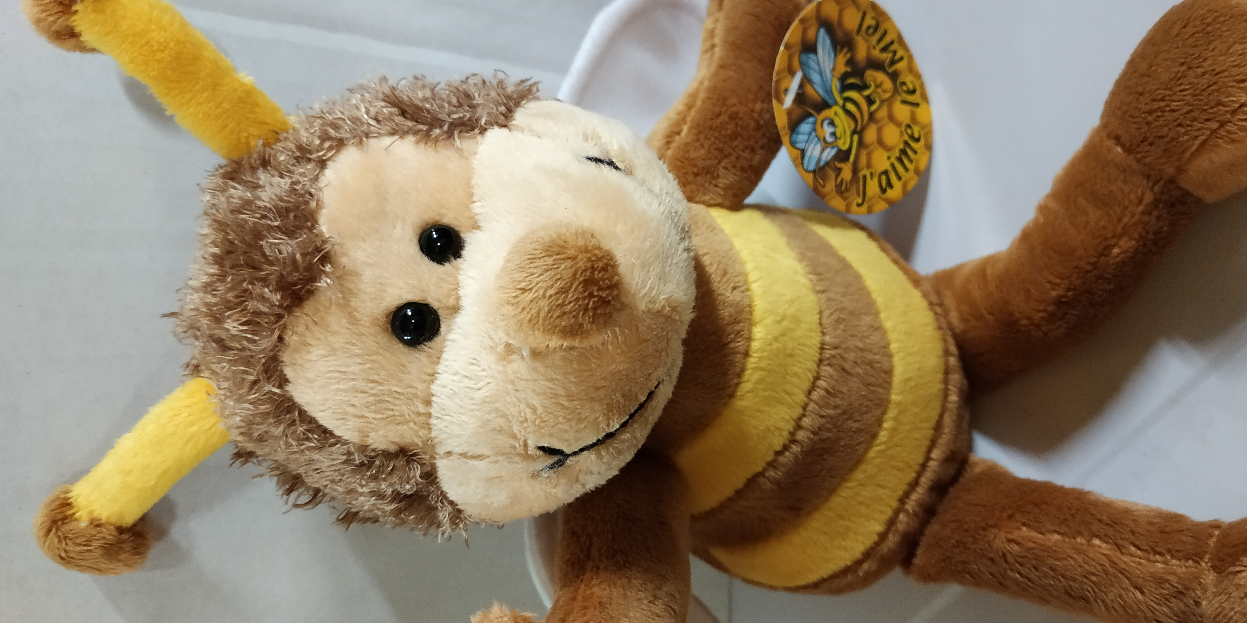 01PE20 Peluche abeille chocolat ours